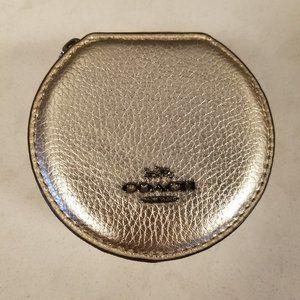 Coach Cosmetic Jewelry Round Case GM/Platinum